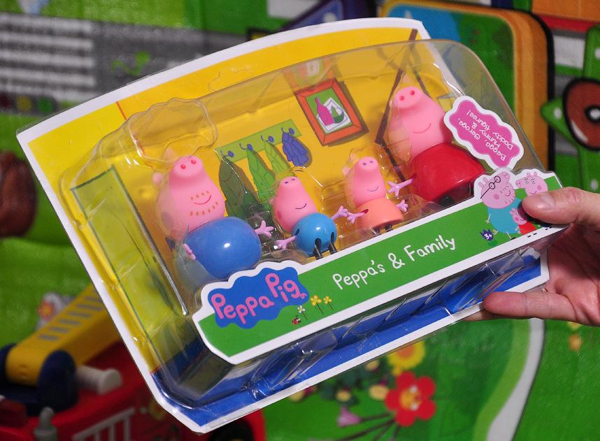 Набор Свинка Пеппа семья. Фигурки из пластика.